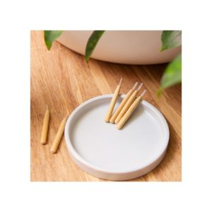 szczoteczka-z-bambusa-do-czyszczenia-przestrzeni-miedzyzebowych
