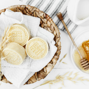 Szampon mleko - miód - owies | Ministerstwo Dobrego Mydła 85 g data ważności 20.01.2022